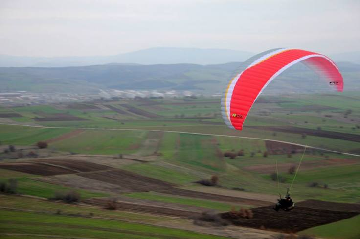 Ridge soaring in Ajvatovci, near Skopje